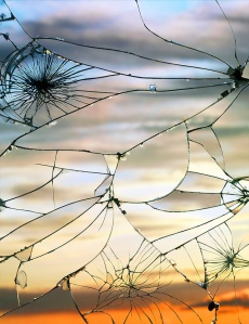 Broken-Mirror-by-Bing-Wright-4